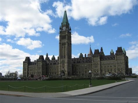 The Government of Canada Issues IPv6 Adoption Strategy