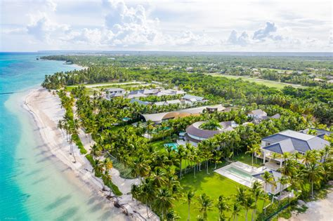Escape to Paradise in Punta Cana at Tortuga Bay | Rocky