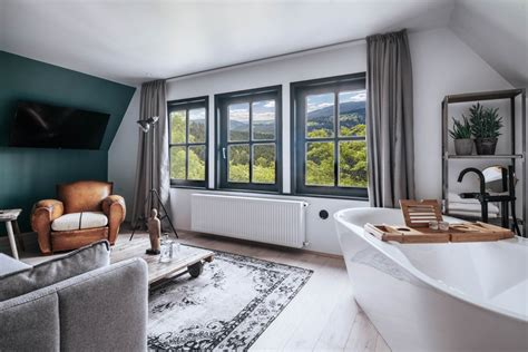 Executive Suite mit Badewanne - THE HEARTS HOTEL