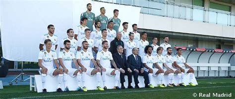 The official Real Madrid photo for the 2017/18 season